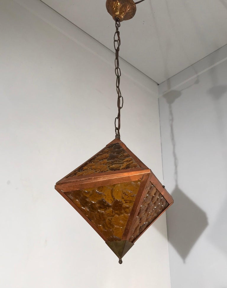 Early 20th Century Arts & Crafts Copper and Glass Cube Shape Pendant Light Lamp For Sale 12
