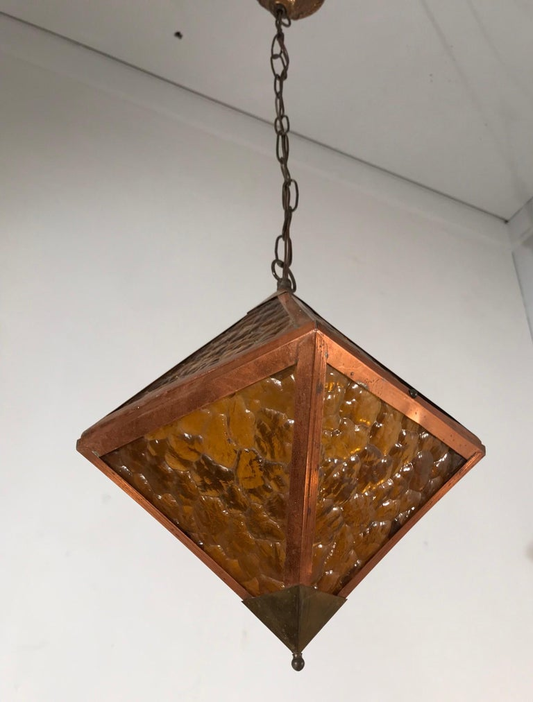 Early 20th Century Arts & Crafts Copper and Glass Cube Shape Pendant Light Lamp For Sale 2