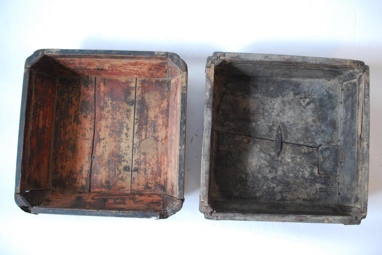 Early 20th Century Asian Covered Food Boxes Set of Six For Sale 6
