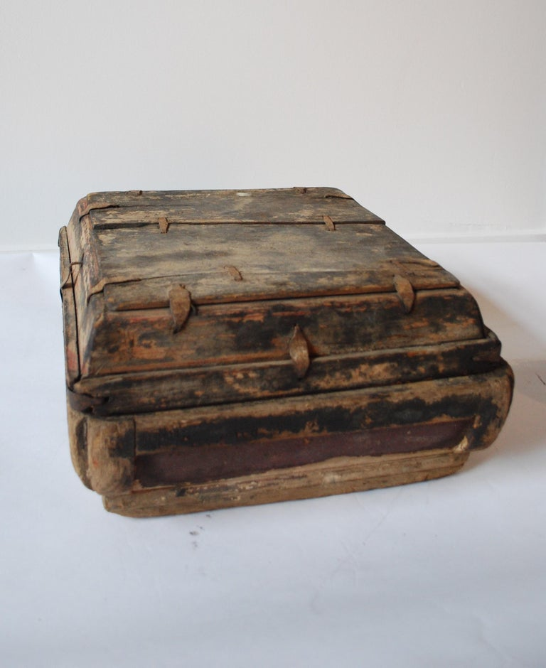Chinese Early 20th Century Asian Covered Food Boxes Set of Six For Sale