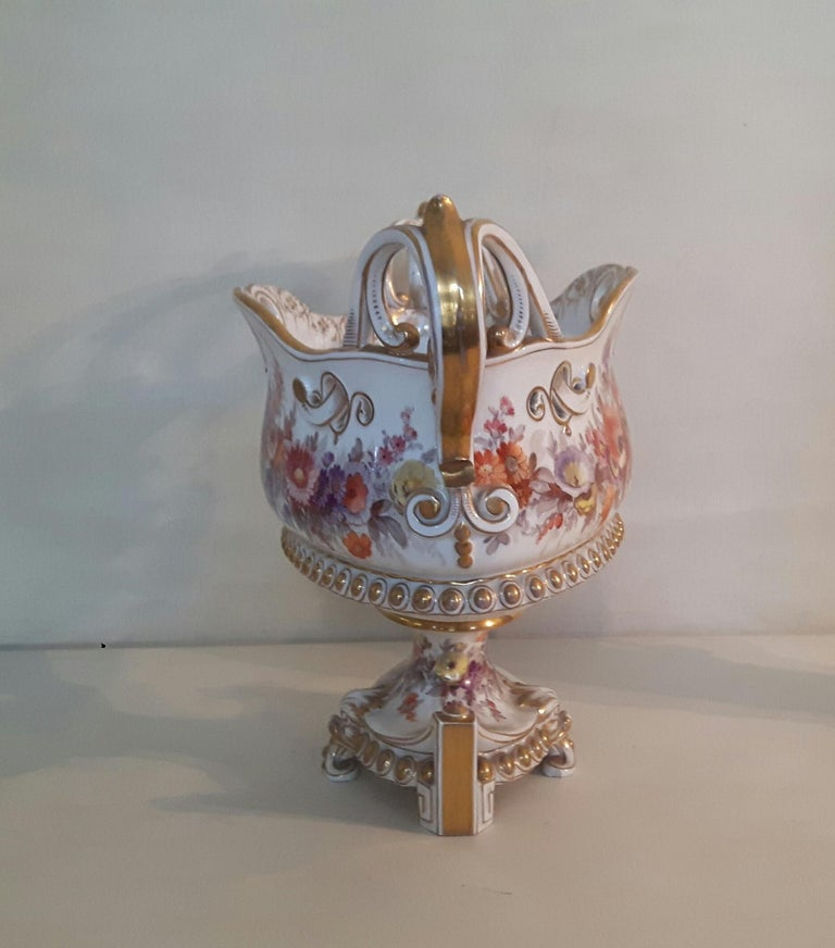 Early 20th Century Berlin Center Piece In Excellent Condition For Sale In London, GB