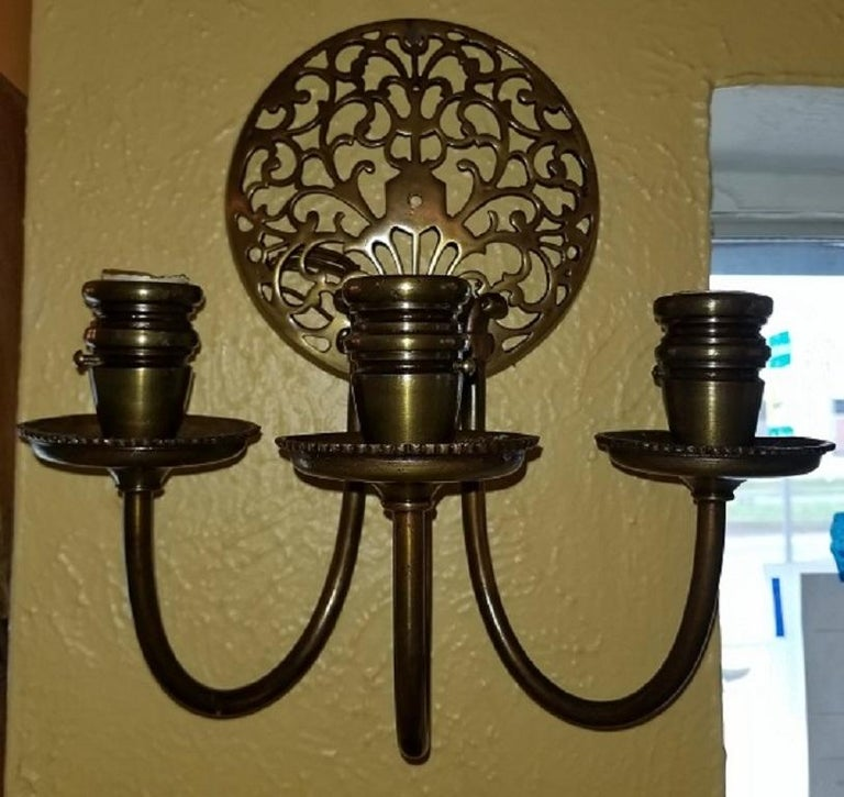 Early 20th Century Bronze Chandelier and Wall Light Set For Sale 1