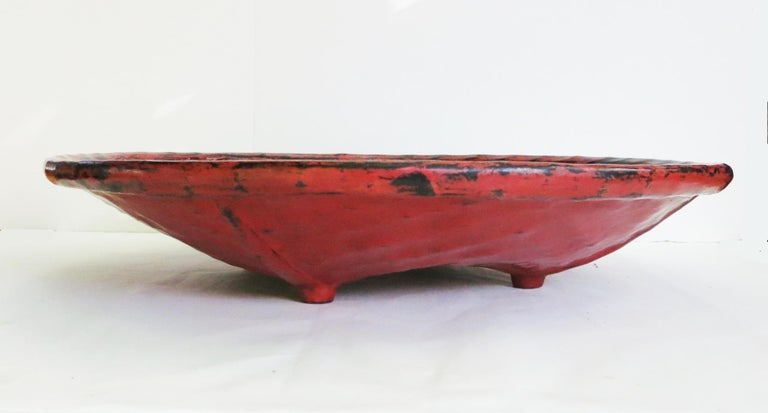"""Burmese (Myanmar) Lacquerware has a long tradition dating back to the 13th century. Lacquer in Burma is called """"Thitsi"""" meaning the sap of a Thitsi Tree (Melanhorrea Usitata). Typically, bamboo and wood are used as a frame or base in making lacquer"""