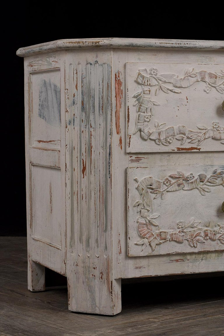 Hand-Carved Italian Painted Chest of Drawers For Sale