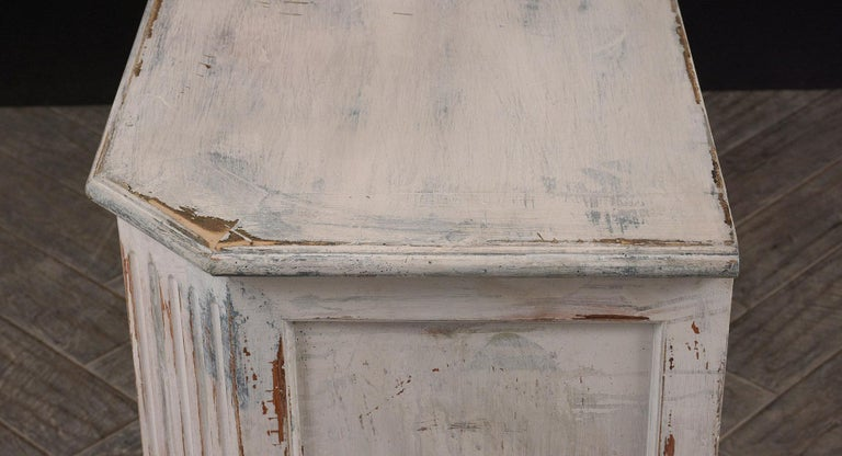 Early 20th Century Italian Painted Chest of Drawers For Sale
