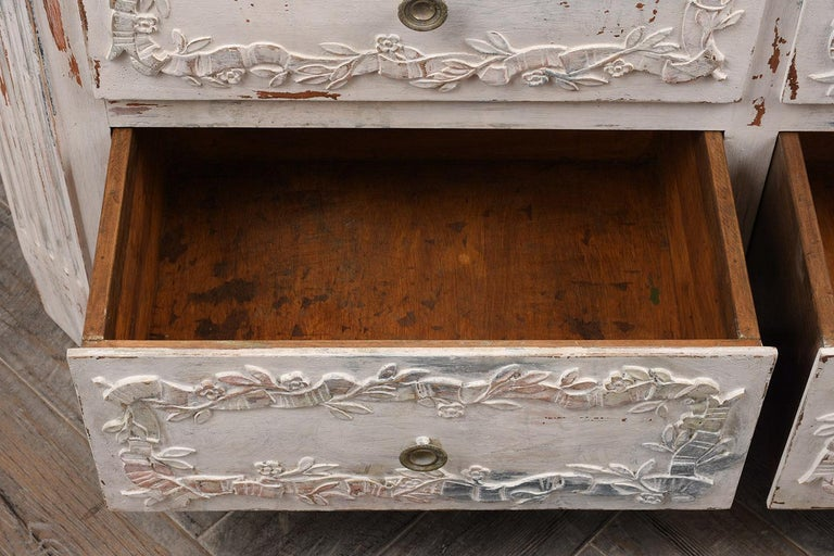 Italian Painted Chest of Drawers For Sale 2