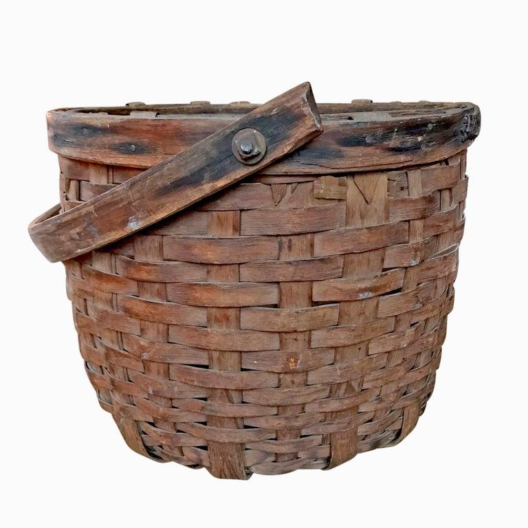 Country Early 20th Century Cedar Splint Basket For Sale