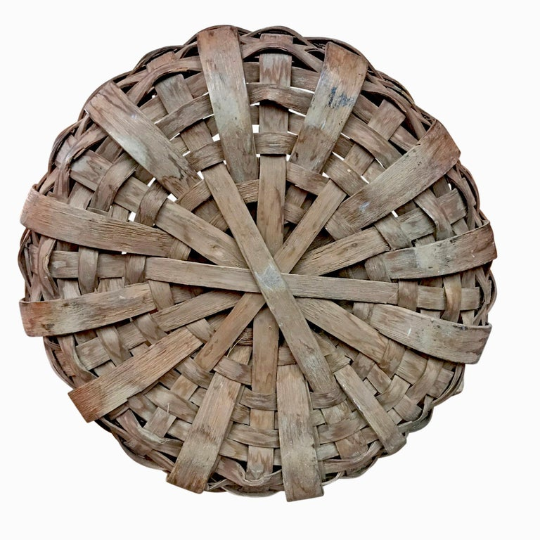Early 20th Century Cedar Splint Basket For Sale 3