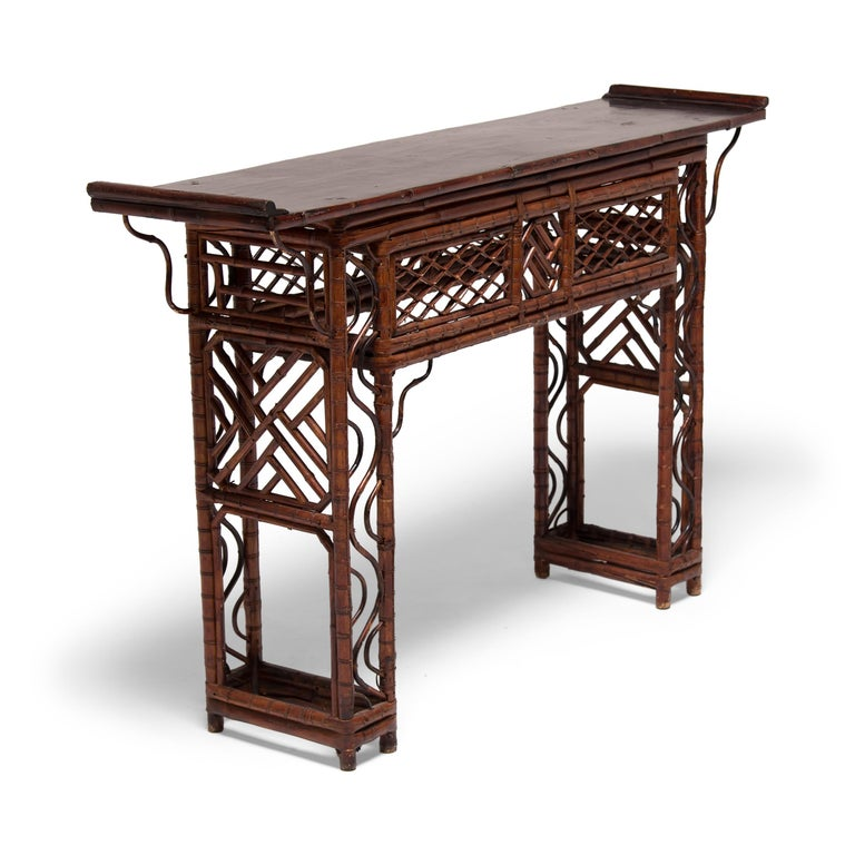 Early 20th Century Chinese Bent Bamboo Altar Table In Good Condition In Chicago, IL
