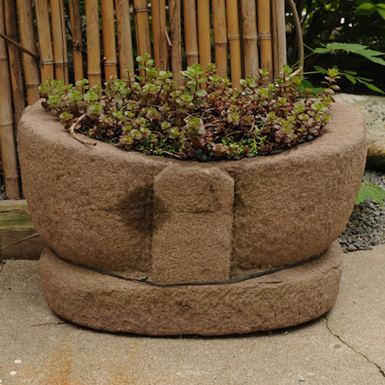 Limestone Early 20th Century Chinese Footed Stone Basin For Sale