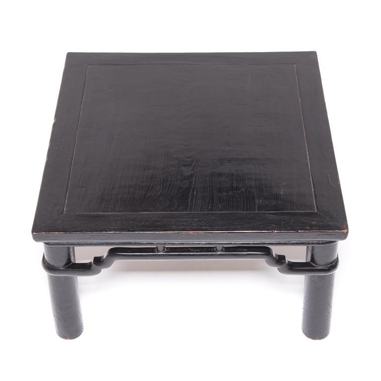 Early 20th Century Chinese Low Square Table In Good Condition For Sale In Chicago, IL