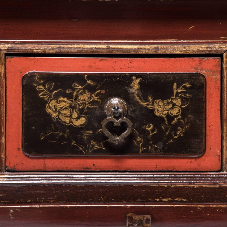 Early 20th Century Chinese Red Gilt Lacquered Cabinet For Sale 5