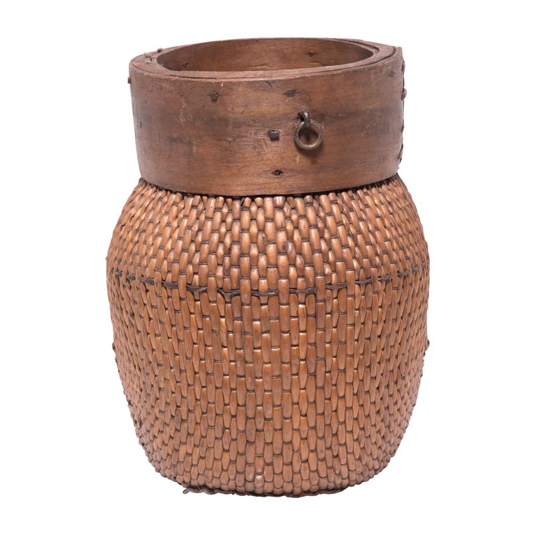 Early 20th Century Chinese Rimmed Fisherman's Basket For Sale