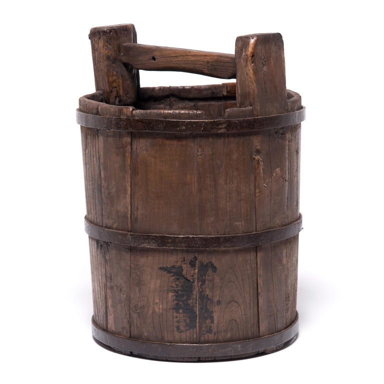 Qing Early 20th Century Chinese Well Bucket For Sale