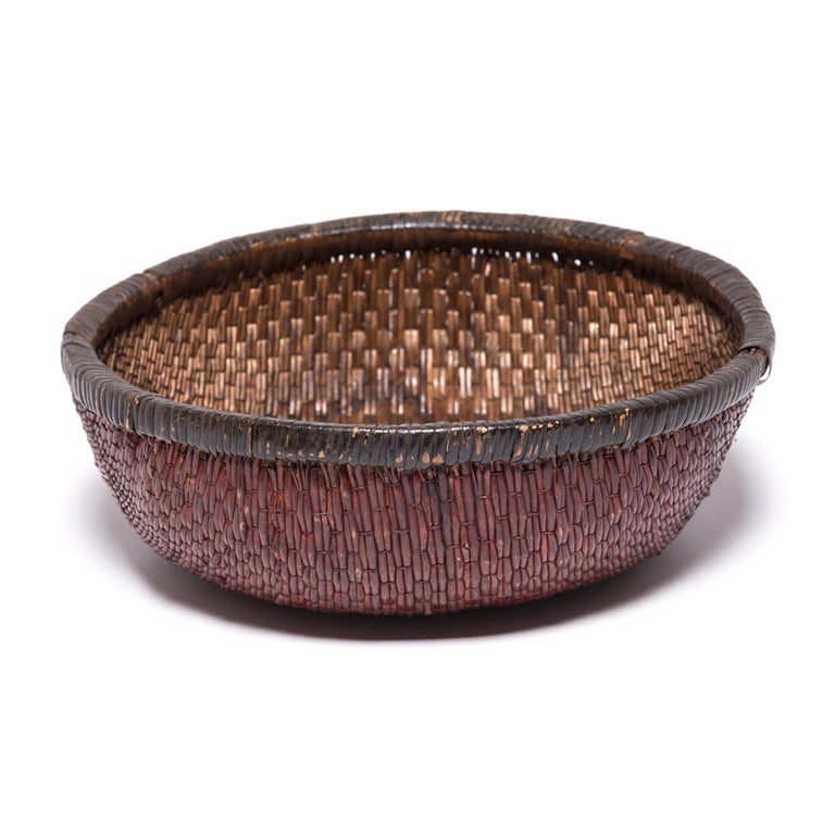 Early 20th Century Chinese Woven Field Basket In Good Condition For Sale In Chicago, IL