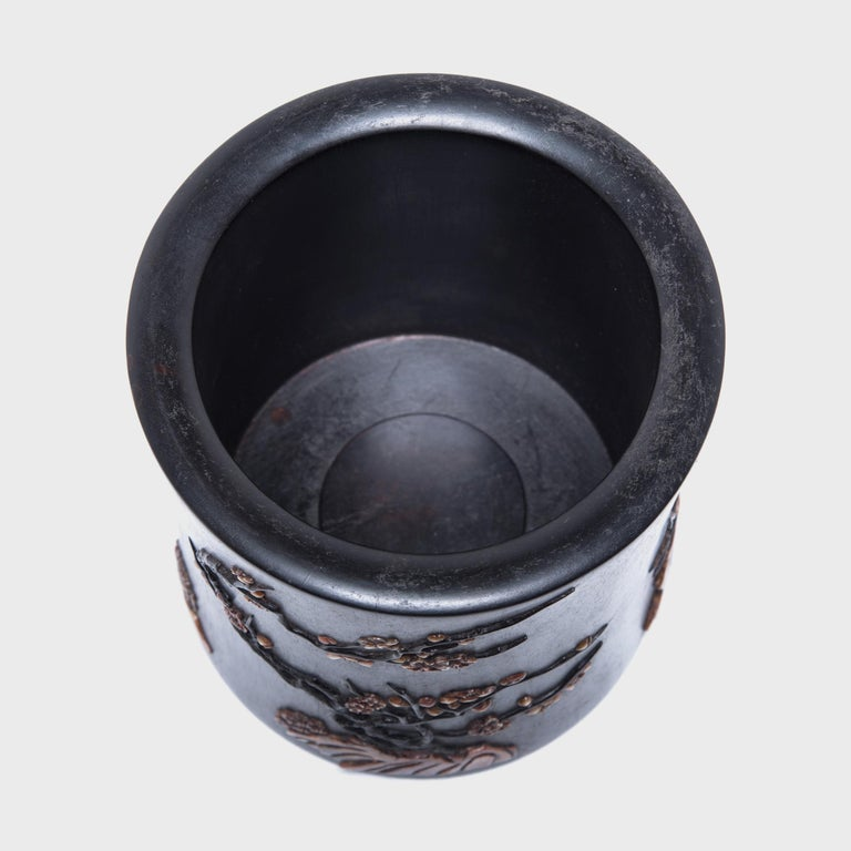 Early 20th Century Chinese Zitan Brush Pot In Good Condition For Sale In Chicago, IL