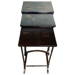 Early 20th Century Chinoiserie Black Lacquered Japanned Nesting Tables, Set of 3