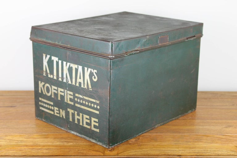 Early 20th Century Coffee and Tea Tin Box K. Tiktak's For Sale 2