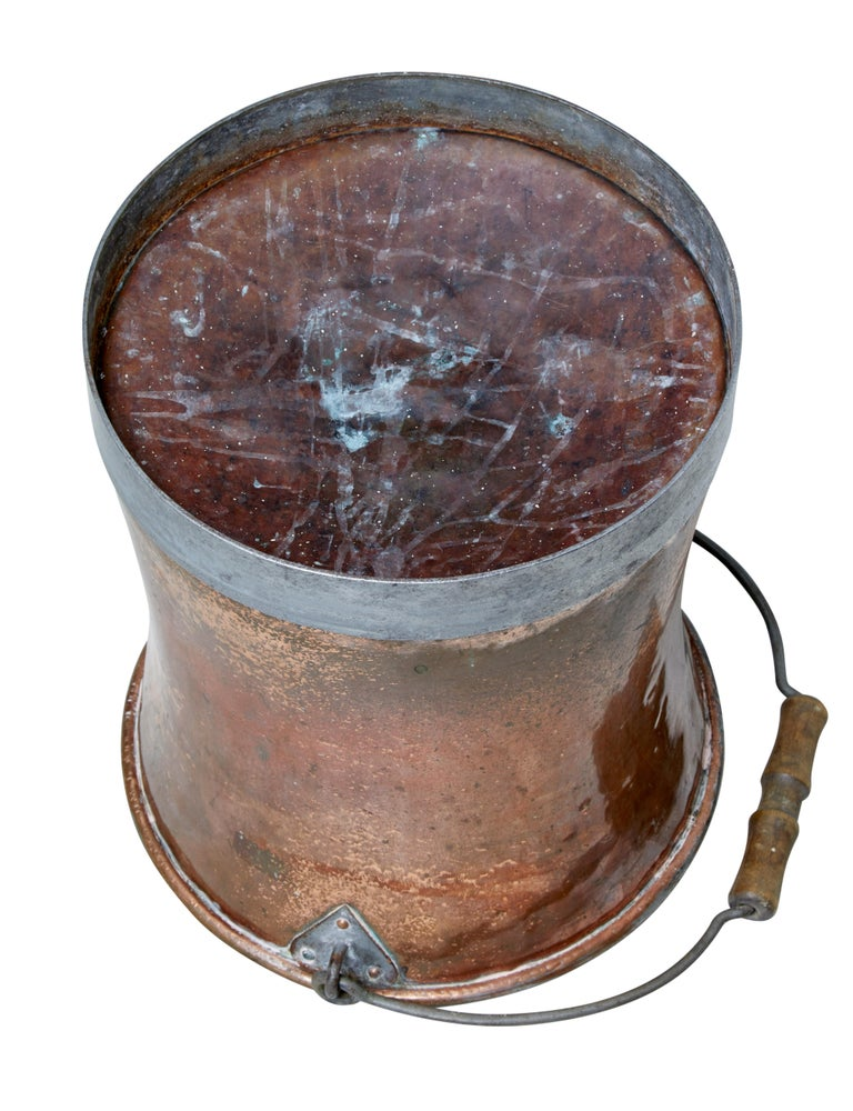 English Early 20th Century Copper Pail For Sale