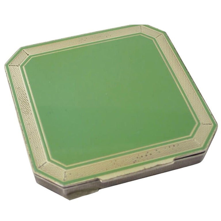 Early 20th Century Deco Green Enamel Sterling Silver Compact For Sale