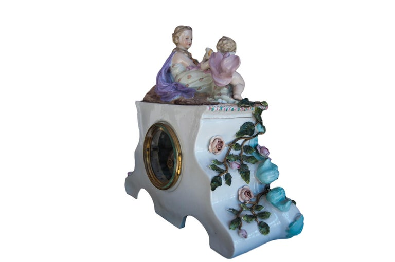 Early 20th Century Dresden Porcelain Clock In Good Condition For Sale In Banner Elk, NC