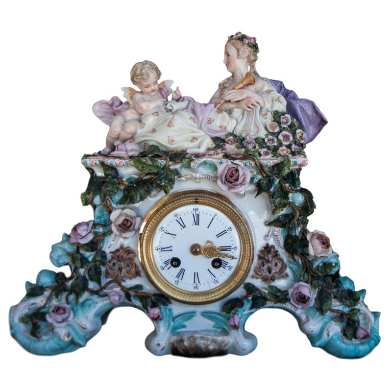 Early 20th Century Dresden Porcelain Clock For Sale