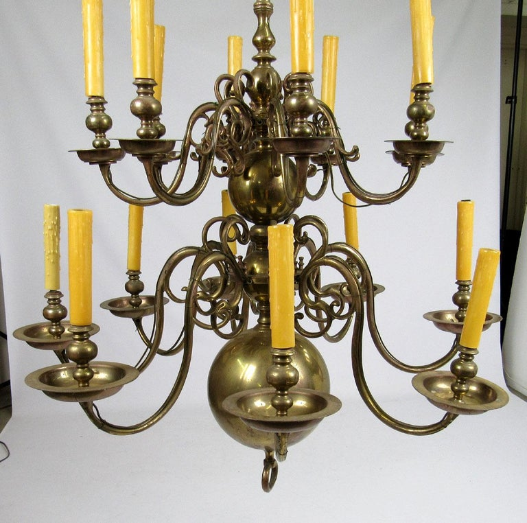 Early 20th Century Dutch Brass Two-Tier Chandelier In Good Condition For Sale In Dallas, TX