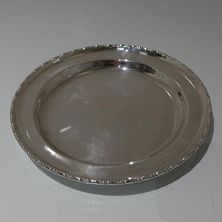 Early 20th Century Edwardian Silver plated Three Tier Cake Stand A Beardshaw For Sale 2