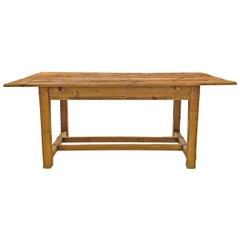 Early 20th Century English Pine Farm Table