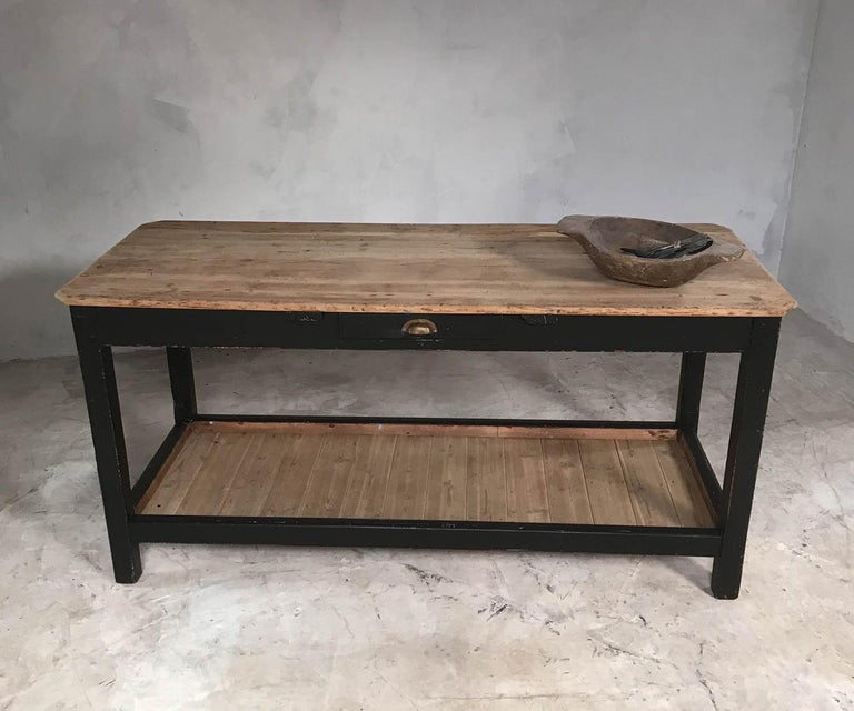 Early 20th Century English Pine Rustic Farmhouse Potting Table Kitchen Island In Good Condition For Sale In Culverthorpe, Lincs