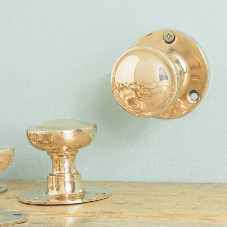 Early 20th Century English Rose Brass Door Knobs For Sale 1
