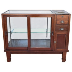 Early 20th Century English Victorian Mahogany Shop Counter Display Cabinet