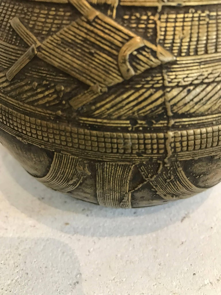 Early 20th century Dhorkra Measuring Bowl  For Sale 2