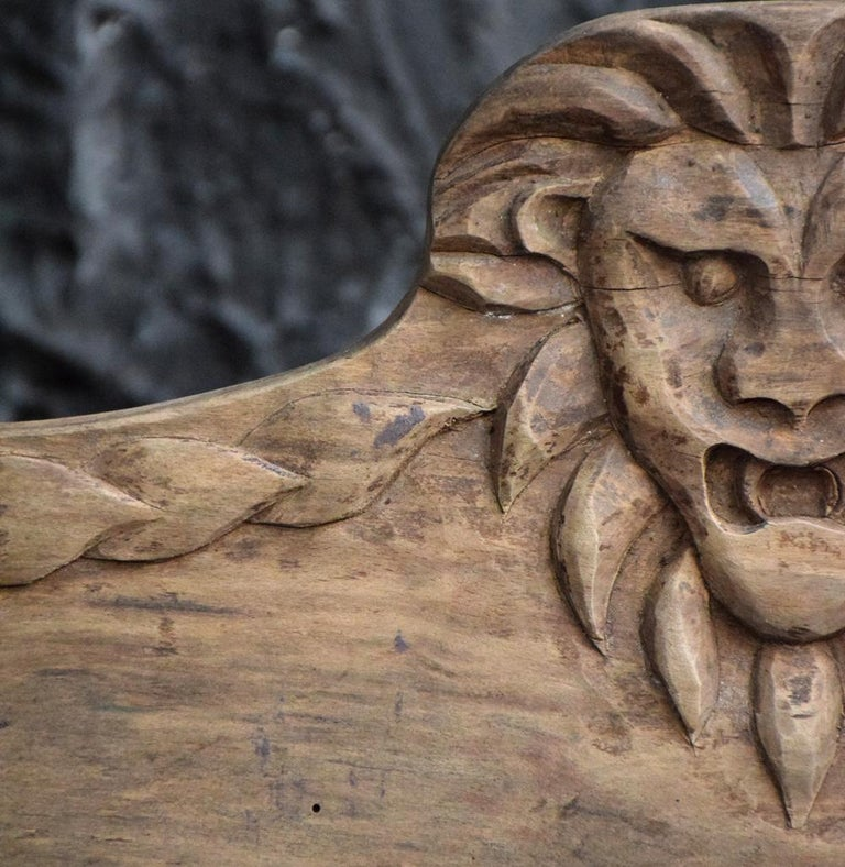 Early 20th Century Folk Art Carved Oak Lion Panel In Fair Condition For Sale In London, GB