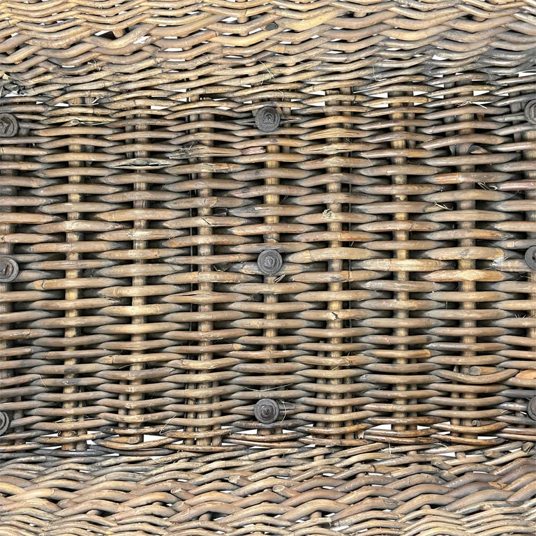 Early 20th Century French Basket For Sale 6
