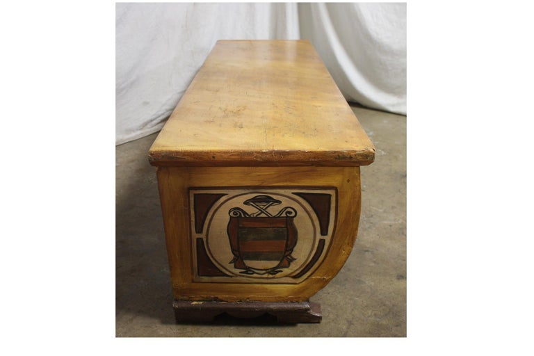 Wood Early 20th Century French Bench Trunk For Sale