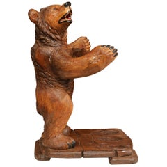 Early 20th Century French Black Forest Carved Bear Sculpture with Gun Holder