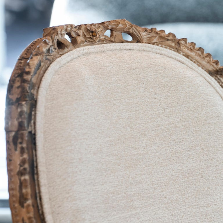 Early 20th Century French Carved Wood Armchair, Reupholstery Ivory Velvet For Sale 4