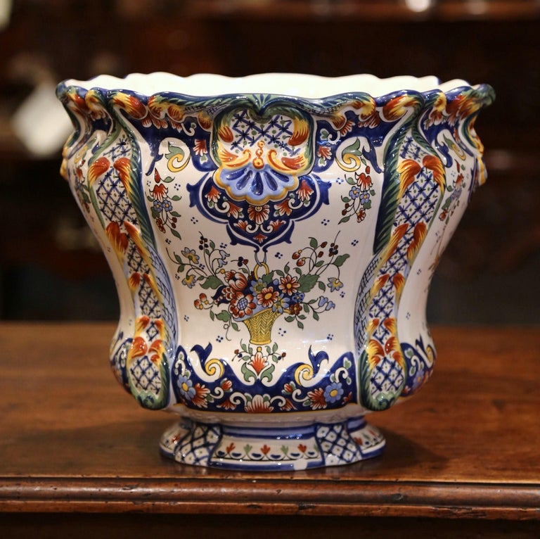 Early 20th Century, French Hand Painted Faience Planter from Normandy In Excellent Condition For Sale In Dallas, TX