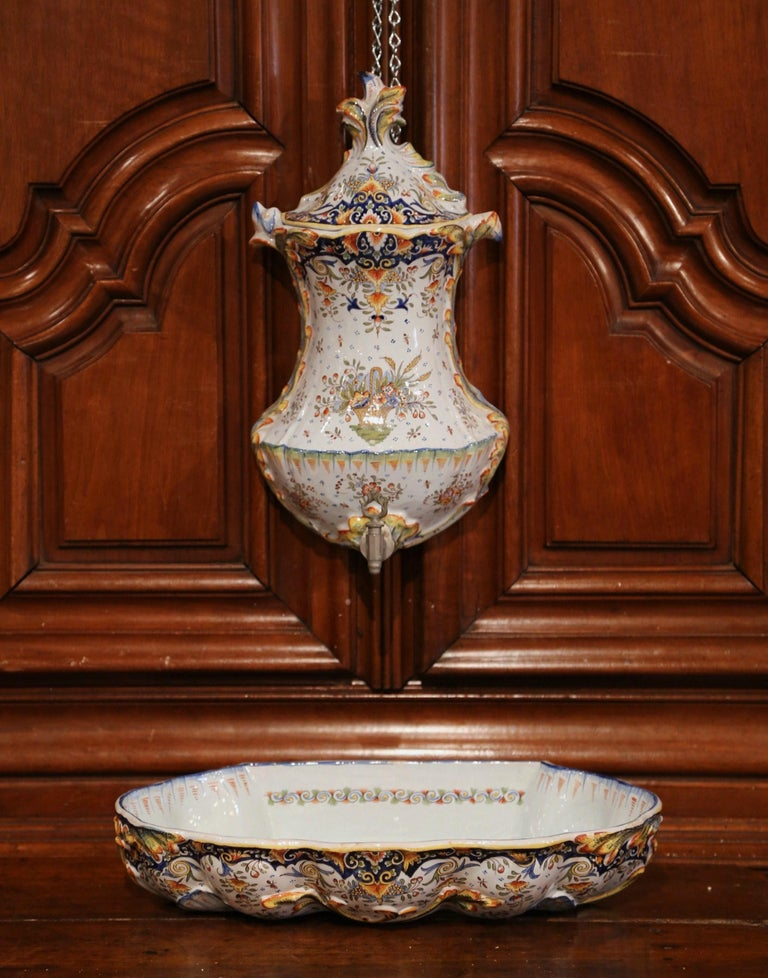 Early 20th Century, French Hand Painted Wall Faience Lavabo Fountain from Rouen In Excellent Condition For Sale In Dallas, TX