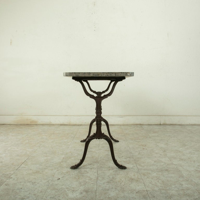 Early 20th Century French Iron Bistro Table with Grey Marble Top For Sale 1