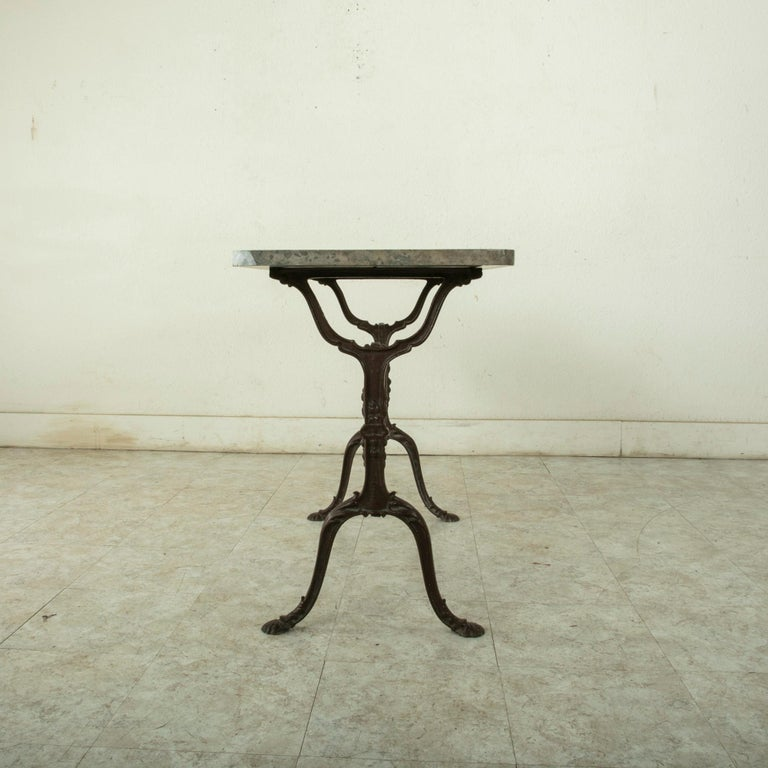 Early 20th Century French Iron Bistro Table with Grey Marble Top For Sale 3