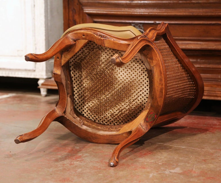 Early 20th Century French Louis XV Cane Desk Armchair with Leather Cushion For Sale 10