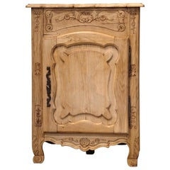 Early 20th Century French Louis XV Carved Oak Corner Cabinet from Normandy