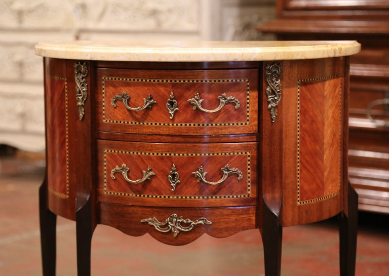 Early 20th Century French Louis XV Carved Walnut Inlay Commode with Beige Marble In Excellent Condition For Sale In Dallas, TX