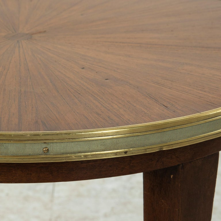 Early 20th Century French Louis XVI Style Walnut Marquetry Sunburst Side Table For Sale 3