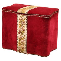 Early 20th Century French Needlepoint and Velvet Storage Hamper Trunk