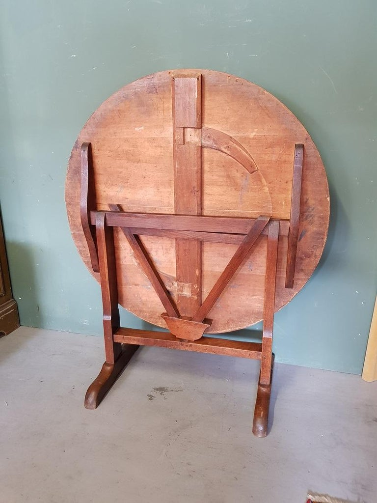 Early 20th Century French Nutwood Wine Table/ Table Vigneron For Sale 2