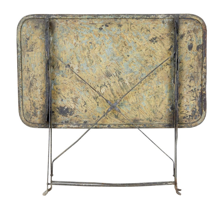 Early 20th Century French Painted Steel Garden Table In Fair Condition For Sale In Debenham, Suffolk