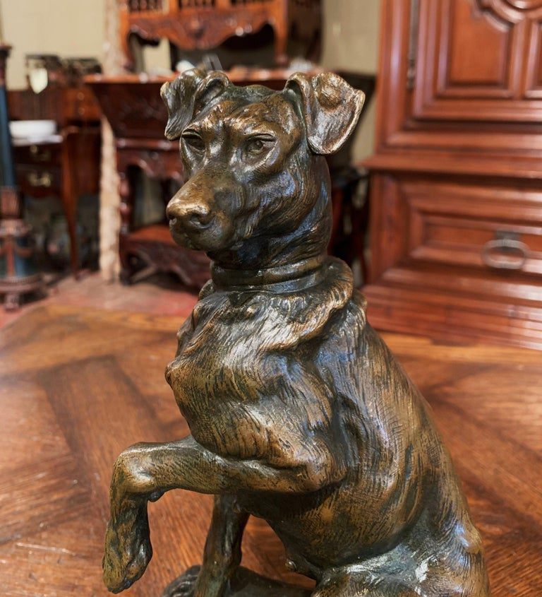 Hand-Crafted Early 20th Century French Patinated Bronze Hunt Dog Sculpture Signed T. Cartier